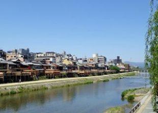 京都の川床は鴨川の先斗町でランチ!3000円台で食べられる安い店②