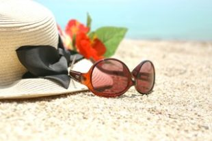 日焼けでヒリヒリ痛いとき痒いときの対処法と職場でもできる解消法