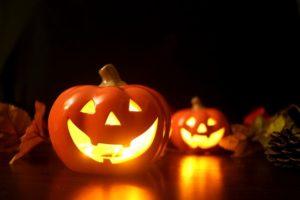 ハロウィンとは何か子供に説明したい!仮装してかぼちゃを飾る由来は?