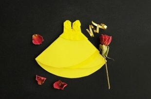 ハロウィン,美女と野獣のベルに仮装!実写版のドレスや靴やアクセサリーはどれ?