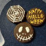 ハロウィンは市販のお菓子を簡単アレンジ!チョコペン1本でスピーディー